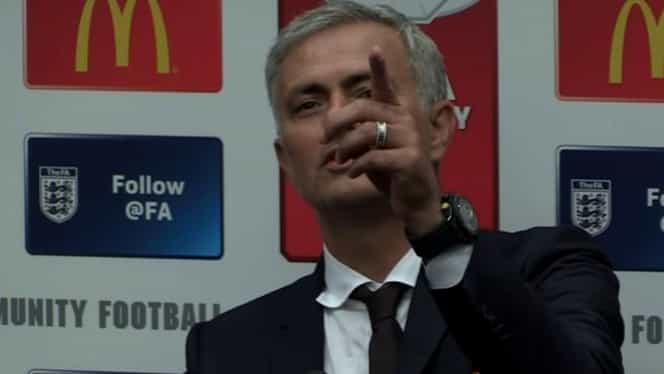 VIDEO. Moment AMUZANT după Supercupa Angliei. Ce a putut remarca Mourinho!