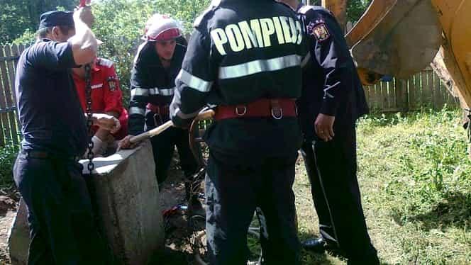 Un băiat din Botoșani s-a înecat în fântâna casei. Părinții i-au găsit șlapii și tableta lângă puț