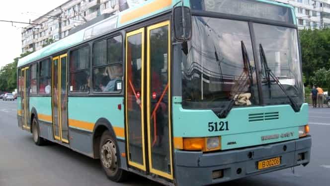 ALERTĂ! Linii de troleibuz blocate în București! Medicii resuscitează o persoană în stop cardio-respirator