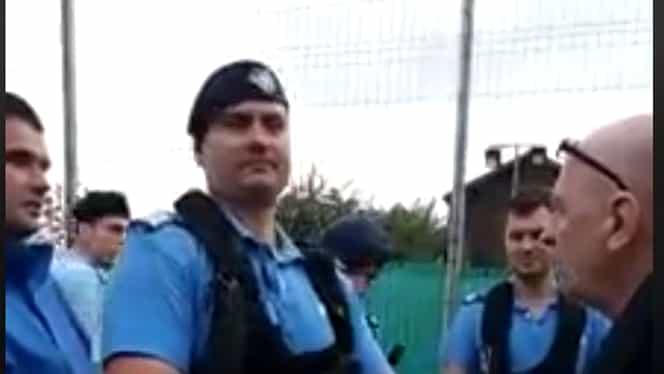 """Scandal făcut de jandarmi: """"Mergi acasă, tataie, lasă meciul."""" Reacția autorităților. Video"""