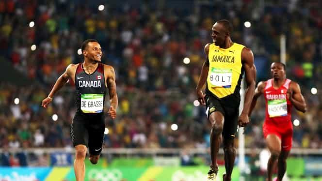 Fenomenul Bolt! Jamaicanul a încetinit în semifinale la 200 de metri să îşi aştepte adversarul