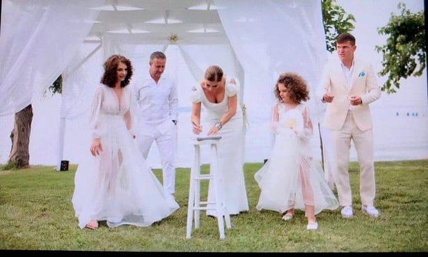Imagini de la nunta lui Alex Bourceanu! Naşi au fost Reghe şi Prodanca