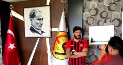 """Cristi Tănase a semnat în Turcia! Salariu fabulos pentru """"Dodel"""" Foto."""