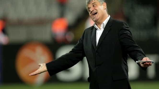 Criză la Dinamo! Fanii i-au cerut DEMISIA lui Ioan Andone
