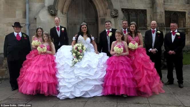 Galerie Foto Cea Mai Tare Nuntă De ţigani în Anglia Mireasa şi A