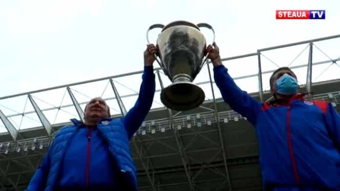 Cupa Campionilor Europeni a revenit în Ghencea! Doi dintre eroii de la Sevilla au ridicat trofeul