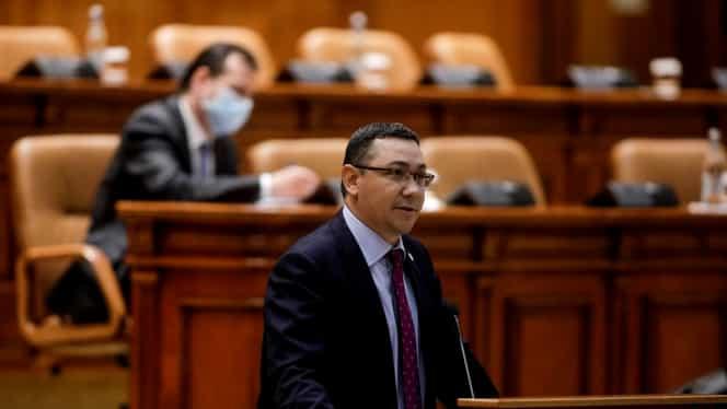 """Victor Ponta alarmează populația: """"Pensiile se reduc. Cresc taxele și impozitele"""". Atac dur la adresa Guvernului Orban"""