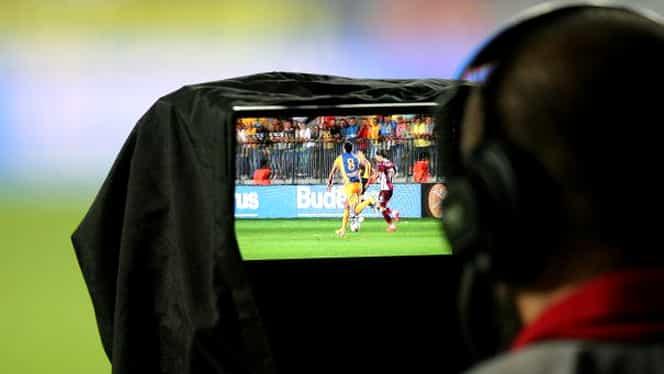 Bătălie acerbă pentru drepturile TV! Cât costă televizarea meciurilor din marile campionate europene