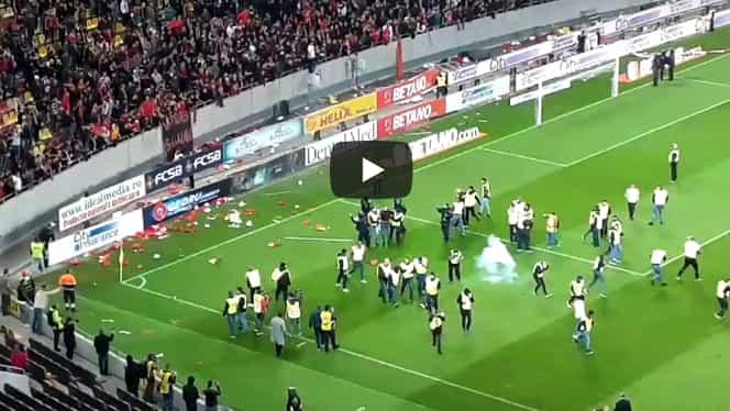 Deciziile Jandarmeriei după incidentele de la finalul meciului FCSB – Dinamo! 10 suporteri, interziși pe stadioane. Vicecampioana a fost amendată
