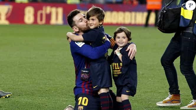 """Lionel Messi stă cu """"dușmanul"""" în casă. Fiul său, Mateo, este fan Real Madrid!"""