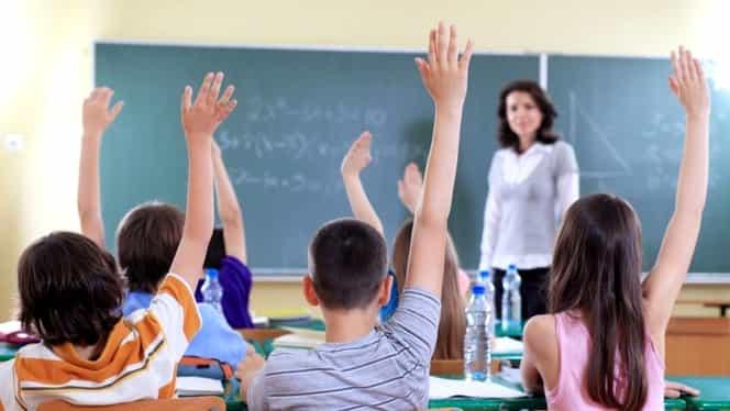 Noi schimbări în învățământ. Ce note vor dispărea. Ce se întâmplă cu calificativele