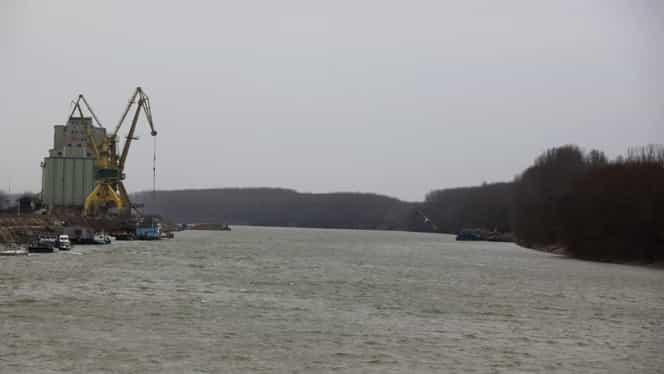 Alertă de inundaţii pe Dunăre. Hidrologii au emis cod galben şi cod portocaliu