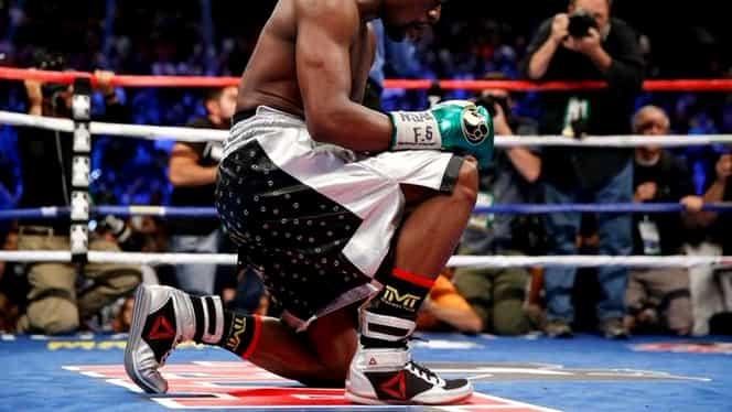 VIDEO / Mayweather a spus ADIO boxului în stil de campion! L-a DISTRUS pe Berto! Vezi cele mai tari lupte ale carierei