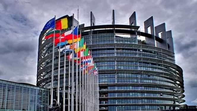Câte locuri va avea România în Parlamentul European. 33 politicieni vor ajunge la Bruxelles după alegeri