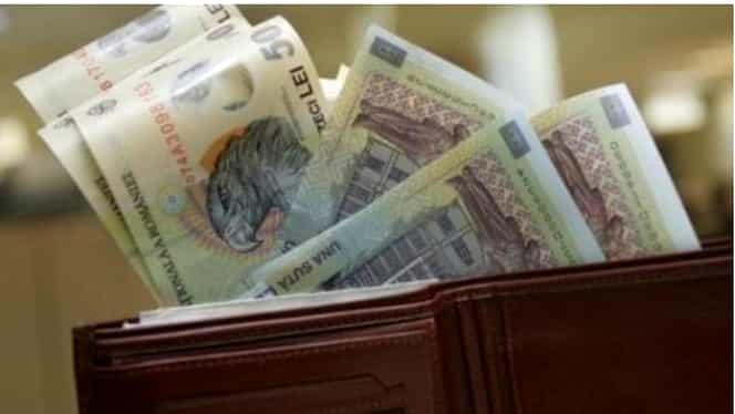 Cum se schimbă salariile BUGETARILOR de la 1 august. GRILA SALARIZARE MEDICI şi PROFESORI