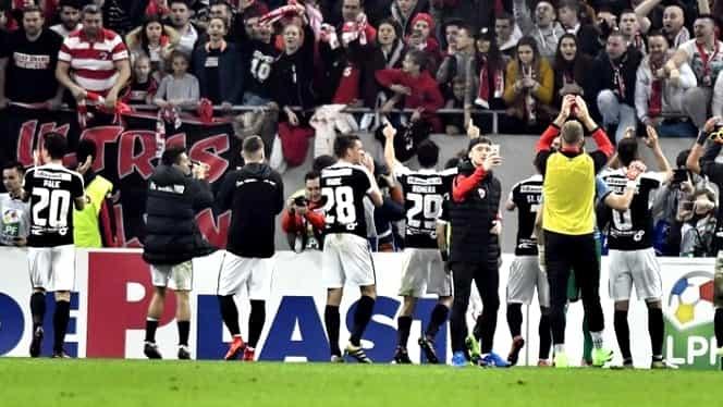 Video. Incidente în derby! Bătaie între fani în ambele peluze!