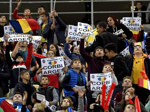 Cele mai tari imagini de la România – Norvegia. Cum au trăit cei 30.000 de copii meciul de pe Arena Națională. GALERIE FOTO