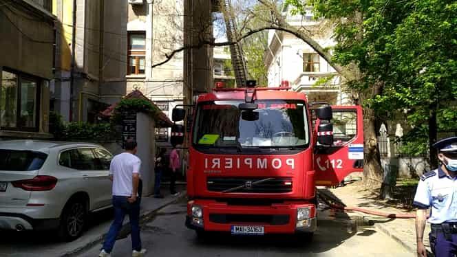 Incendiu într-un bloc din centrul Bucureștiului. Scandal între vecini după ce focul a fost stins. Update