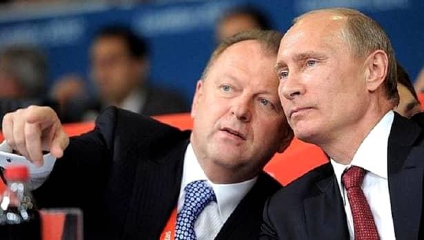 """Marius Vizer și Vladimir Putin, """"Shogunul"""" și """"Țarul"""", doi prieteni pe care îi leagă pasiunea comună pentru judo. S-au întâlnit și la CM de judo de la Tokyo"""