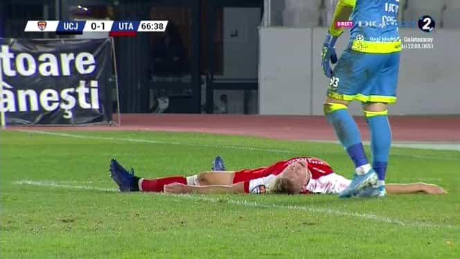 Imagini cutremurătoare la partida U Cluj – UTA. Puștiul Denis Hrezdac s-a prăbușit pe teren și nu și-a mai mișcat capul. Foto
