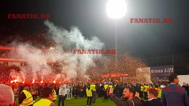 CFR Cluj este noua campioană a României. FANATIK vă prezintă tot ce s-a întâmplat în seara celui de-al doilea titlu consecutiv. Galerie foto și ultimele noutăți de la CFR și FCSB