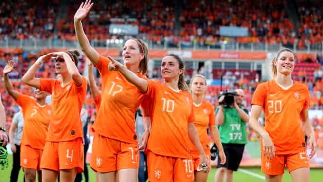"""Decizie-șoc în Olanda: o femeie va juca fotbal într-o echipă de bărbați: """"Este o provocare și asta mă emoționează mai mult"""""""