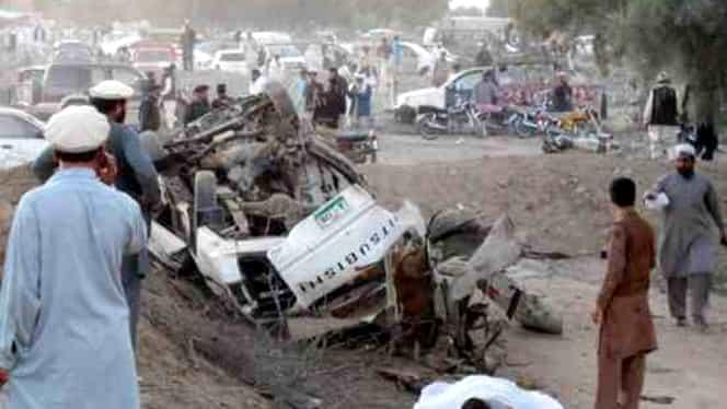 Pakistan: Cel puţin 22 de persoane, ucise într-un atac sinucigaş asupra unui birou guvernamental