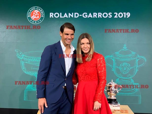 """Simona Halep, replică genială la Paris: """"A trebuit să câştig un Roland Garros ca să am o poză cu Nadal!"""" Galerie Foto"""
