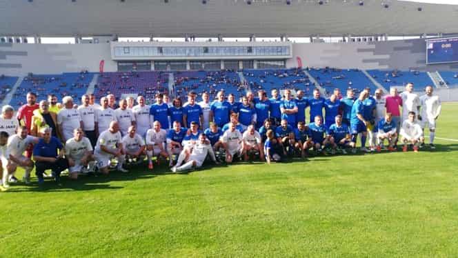 Stadionul din Târgu Jiu este inaugurat cu un meci de gală! Legendele Pandurilor se duelează cu naționala old boys a României. VIDEO