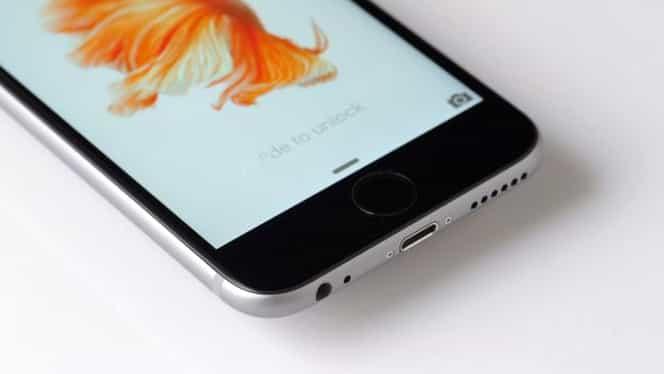 Următorul iPhone pierde un element de bază! Ce sacrifică Apple pentru a face telefonul mai subţire