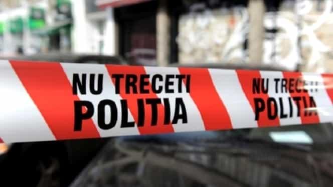 O fetiță de 1 an a fost lovită de o mașină în Hunedoara. Medicii nu au putut să o salveze
