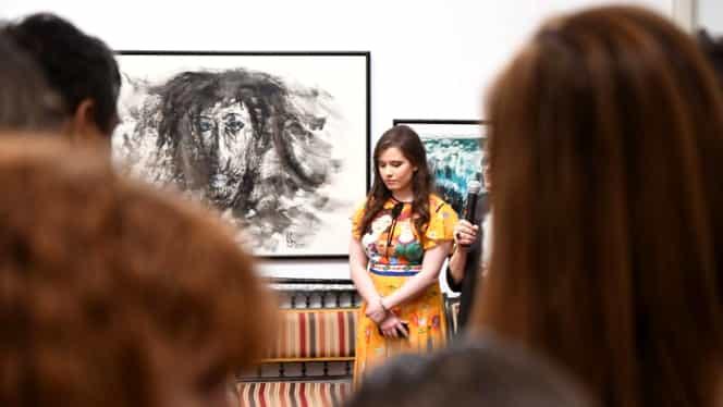 """Prima expoziție de artă semnată de Kira Hagi, fiica """"Regelui"""": """"Geniul s-a transmis către palierul artistic"""""""