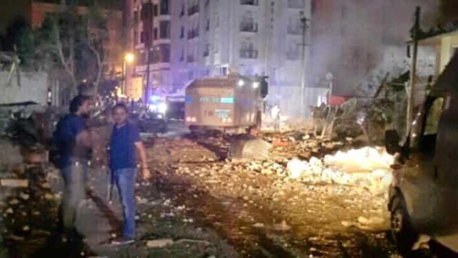 Atac cu maşină-capcană în Turcia. Cel puţin 3 morţi şi 40 de răniţi