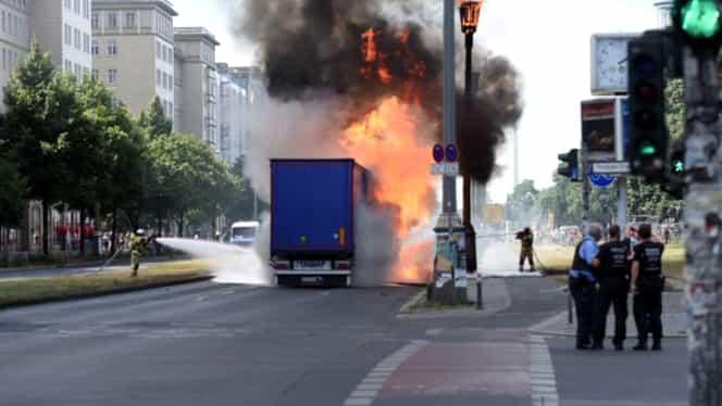 Accident, urmat de o explozie în Berlin
