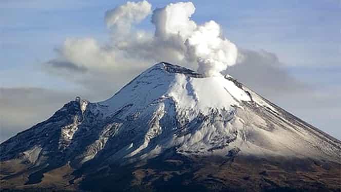 Mai multe zone din Mexic, acoperite de cenuşa vulcanului Popocatepetl