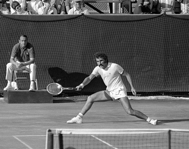 Ion Țiriac a fost la un pas de marea surpriză în finala Cupei Davis din 1972, de la București: victorie în fața numărului 1 american, Stan Smith