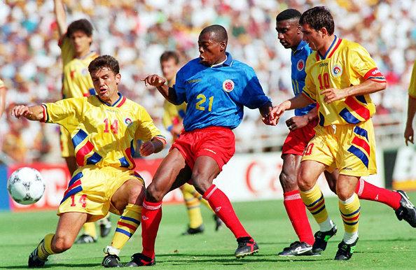 """CM 1994. Șampanie după România – Columbia 3-1. Încrâncenarea de pe stadionul """"Rose Bowl"""" din Pasadena a fost teribilă"""