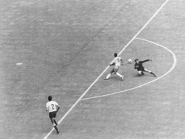 Fotografii rare din fotbal. 17 iunie 1970: Brazilia - Uruguay în semifinalele CM din Mexic. PELE. Și atât, este de ajuns...