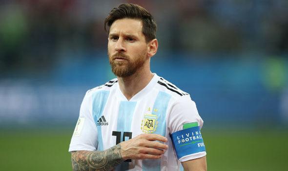Atacantul echipei FC Barcelona și al naționalei Argentinei, Lionel Messi, împlinește vârsta de 31 de ani