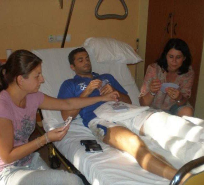 Familia alături de Băcilă după operaţia de lşa Spitalul Elias