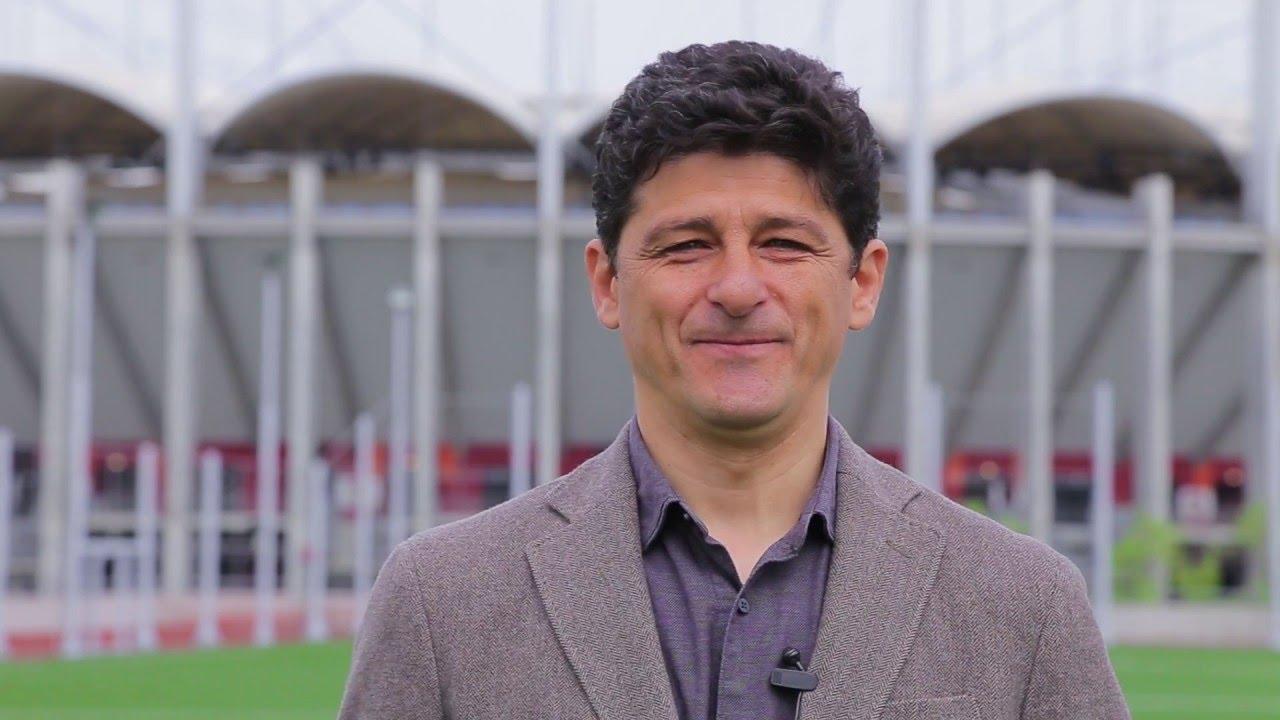 Miodrag Belodedici a avut parte de o revedere emoționantă cu fostul său coechipier de la Steaua Roșie Belgrad, Dejan Savicevic, înaintea meciului cu reprezentativa Muntenegrului