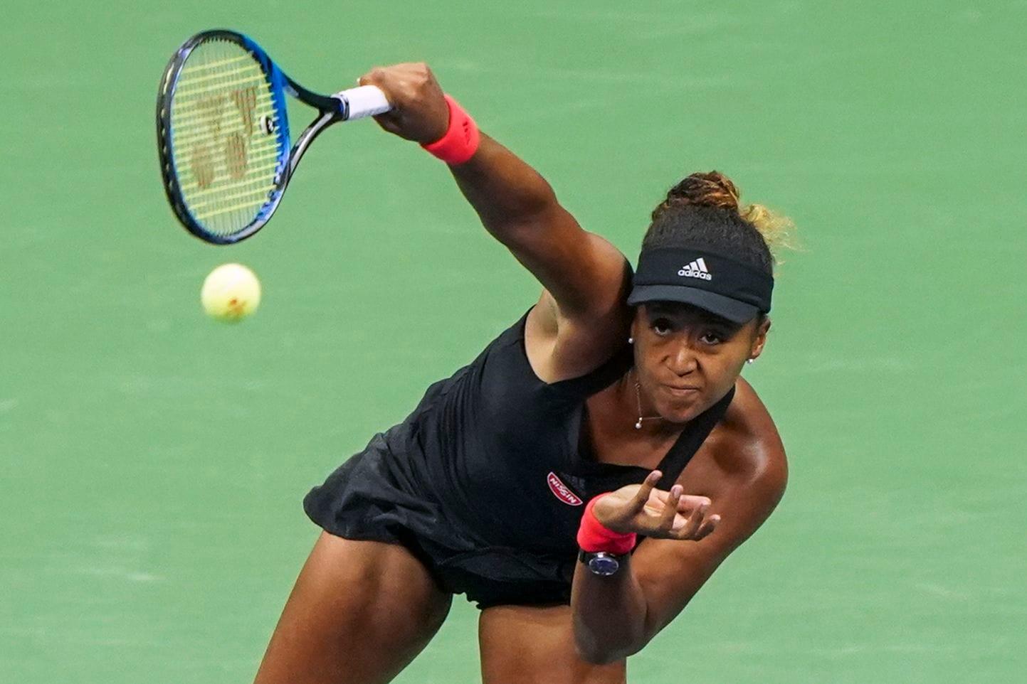 Simona Halep umilită de Adidas. Japoneza Osaka a câştigat US Open  şi Adidas îi oferă contract de 10 milioane euro