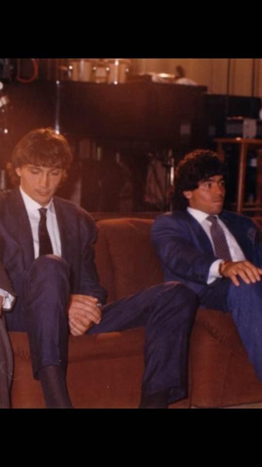 Dario Bonetti, alături de Diego Maradona