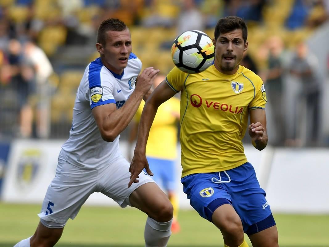 Petrolul Ploiești are de tras ca să recupereze cele 5 puncte care o despart de locurile care asigură promovarea în Liga I, antrenorul Leo Grozavu este sigur că nu va fi nicio problemă