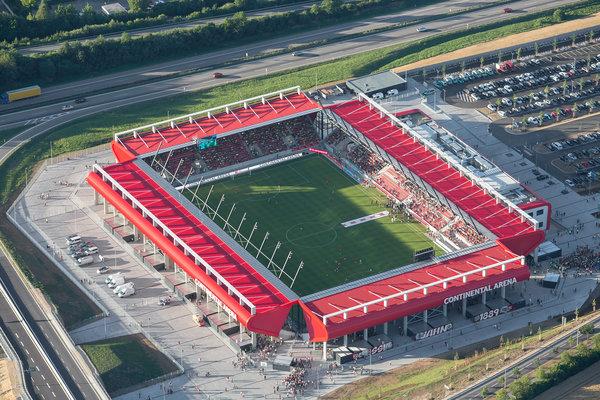 Continental Arena din Regensburg