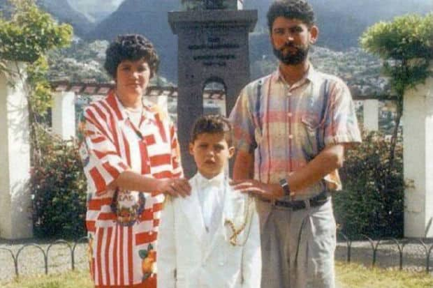 Cristiano Ronaldo şi părinţii lui