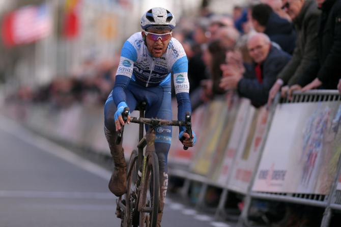 Robbert de Greef la finalul cursei Ronde van Drenthe din 2019 pe care a terminat-o pe locul 2