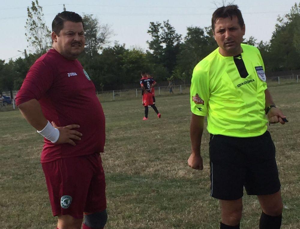 Mihai Bobonete joacă şi fotbal în timpul liber