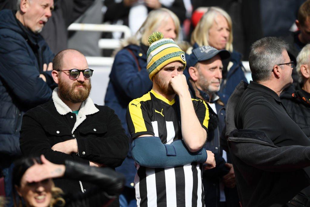 Suporterii echipei Notts County dezamăgiți după retrogradarea favoriților în Liga a 5-a