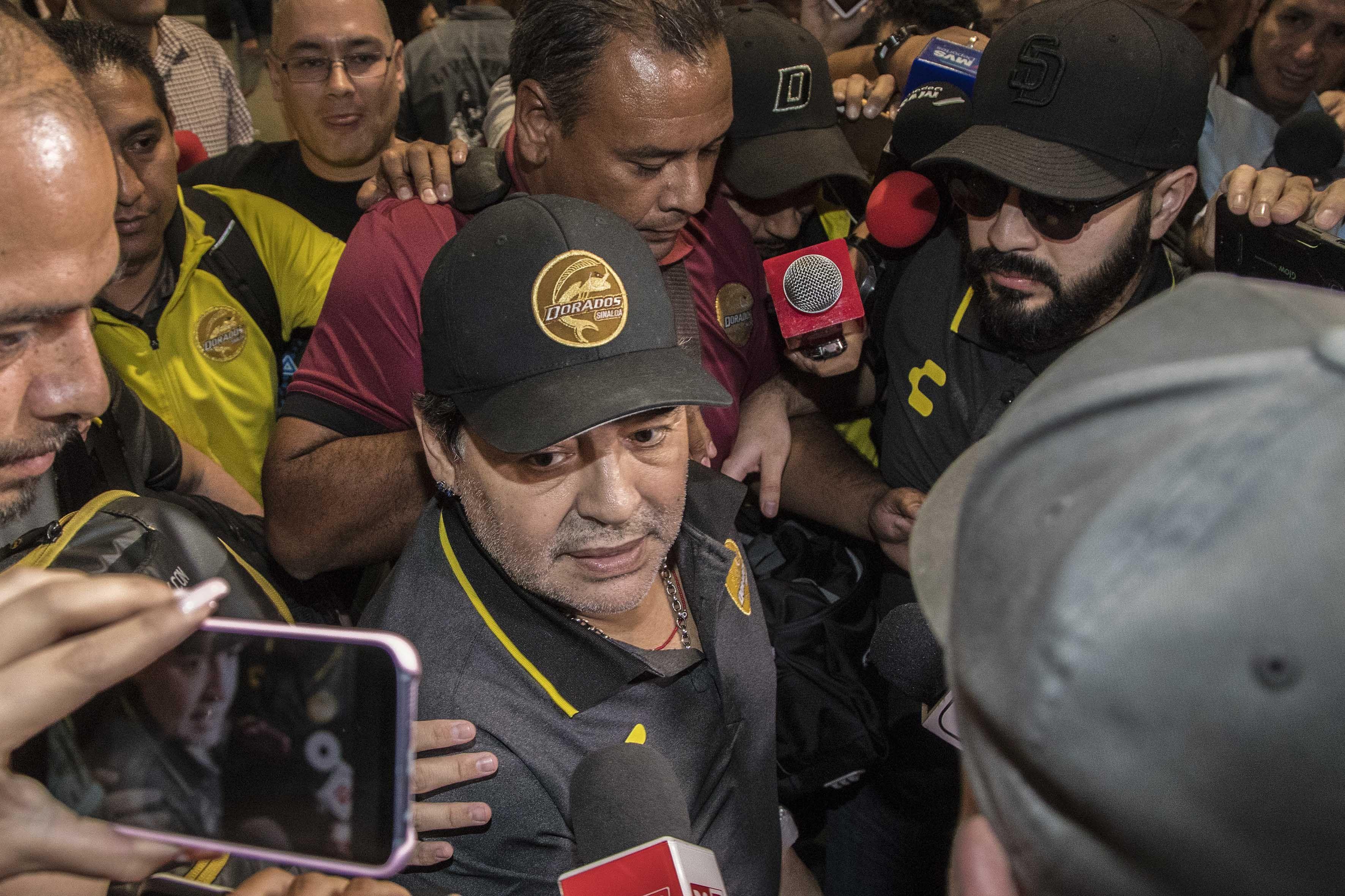Diego Maradona a fost arestat când a ajuns în Argentina (sursă foto: hepta.ro)